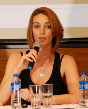 Diretora da 350.org Brasil