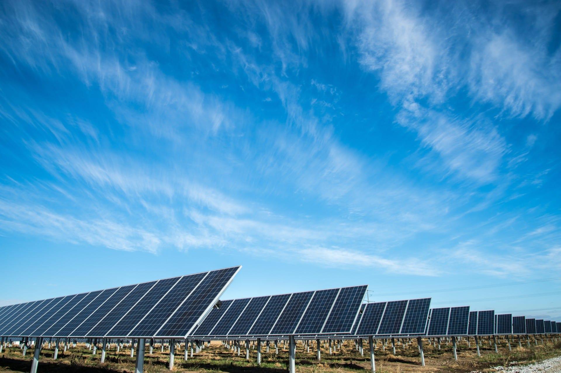 Energia solar: fonte renovável está em constante crescimento no país